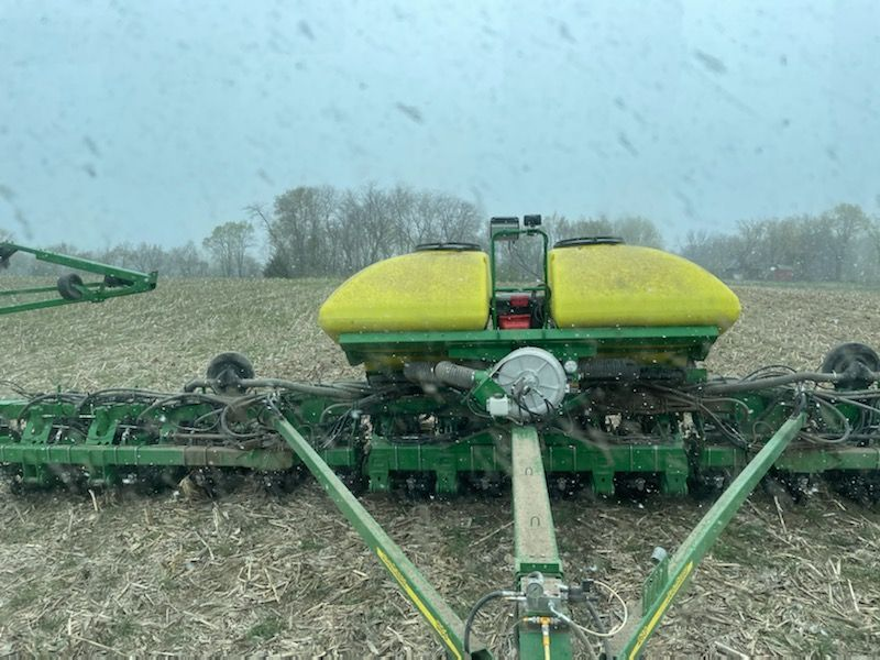 No-tilling beans in the snow